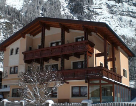 haus alpina pension in huben ötztal winter